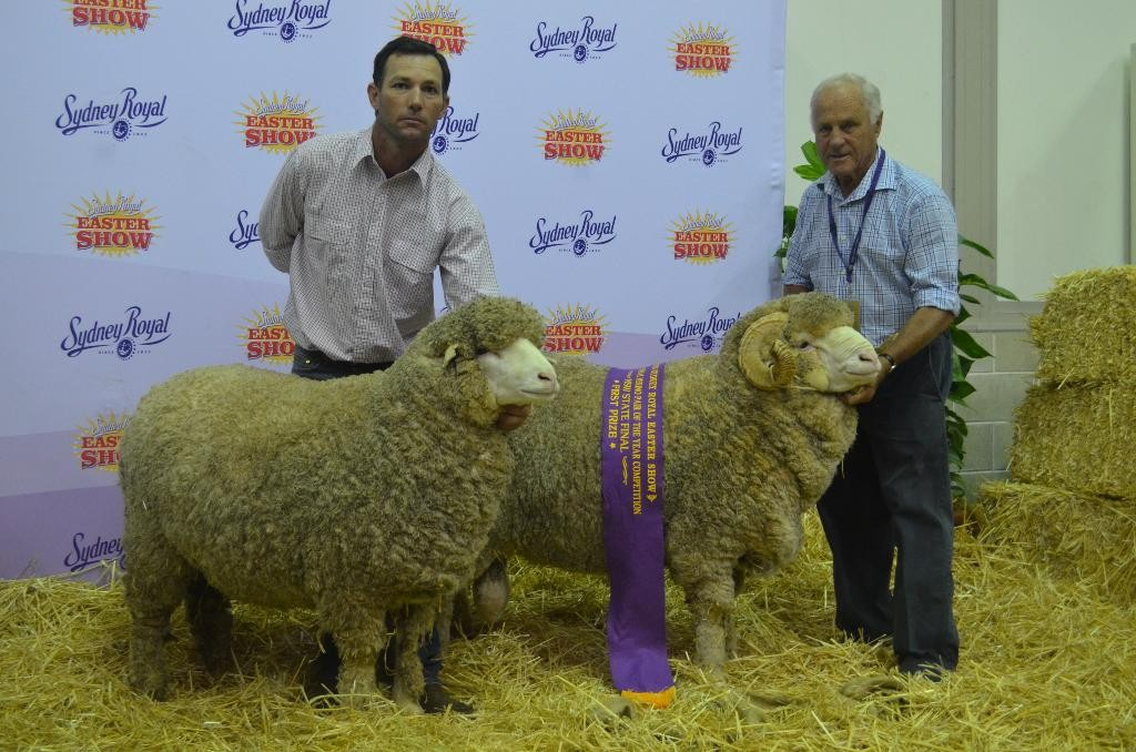 Shane Rule and John McLaren holding winning 2015 Sydney August shorn Pair